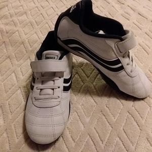 Lonsdale leather trainers-EUC